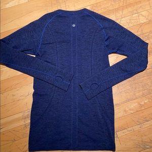 lululemon Swiftly long-sleeved tee blue size 6